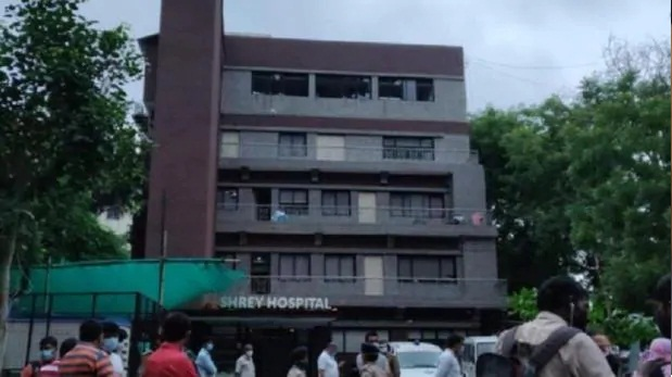 Fire In Corona Hospital 8 Patients Died CM Asks For Report In 3 Days